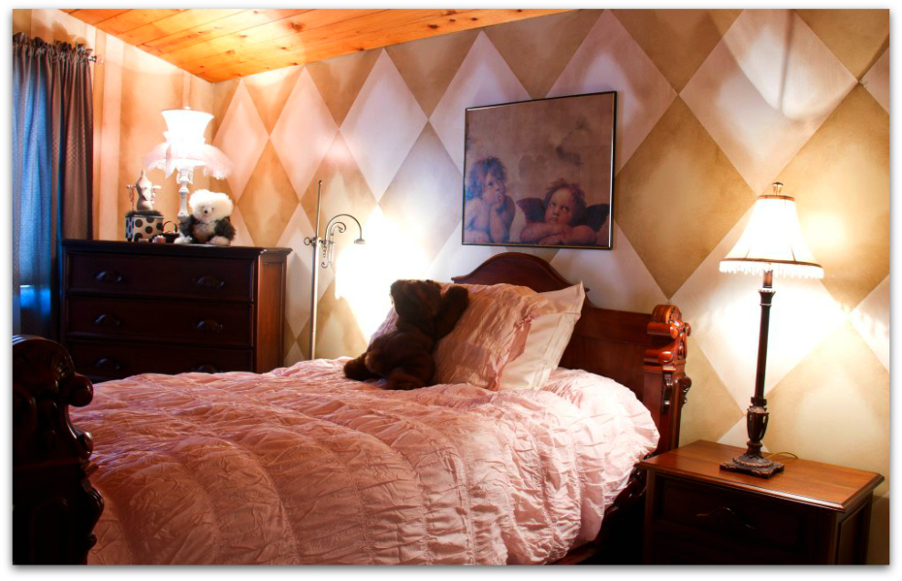 Giovi's pink room